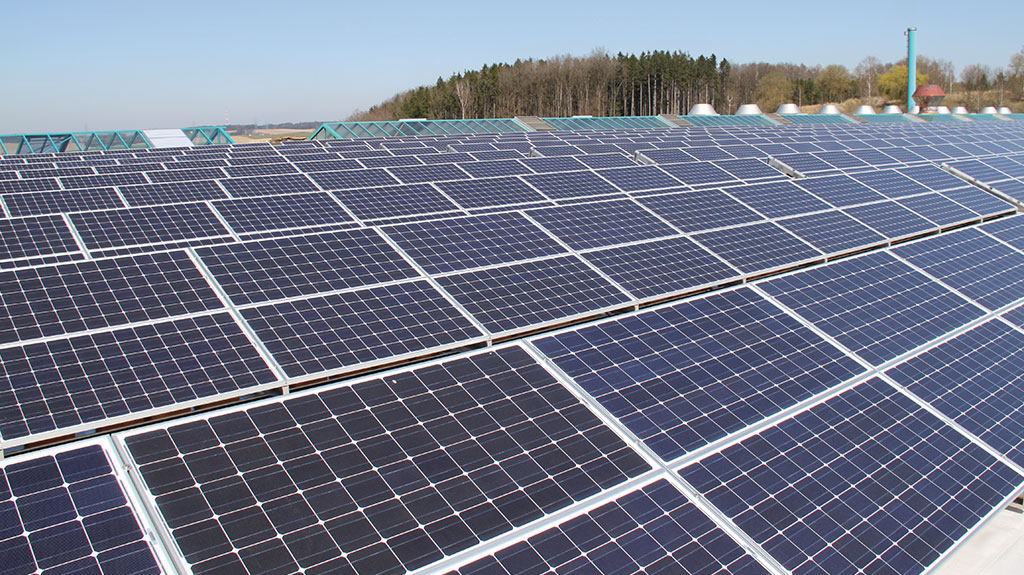 hoerlhartmann_ziegel_historie_2010_photovoltaikanlage